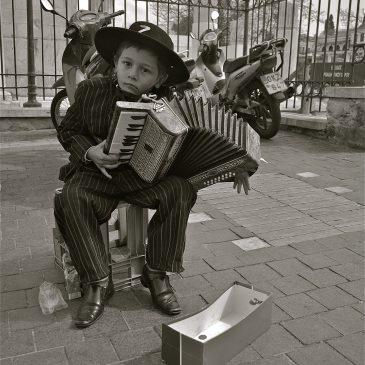 Foto-reportage: Athene in zwart-wit