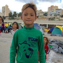 De vluchtelingenkampen in Athene en Piraeus.