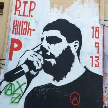 Killah P is de artiestennaam van Pavlos Fyssas, de Griekse linkse rapper die op 18 september 2013 werd doodgestoken door leden van de Gouden Dageraad.