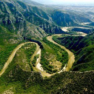 Foto: Nestos rivier. Bron: justgreece.com. Bericht: Terra Incognita: Thraciú. www.andergriekenland.nl