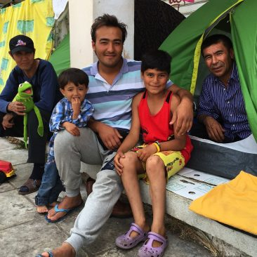 Foto: lokatie Ellinikon- Afghaanse familie