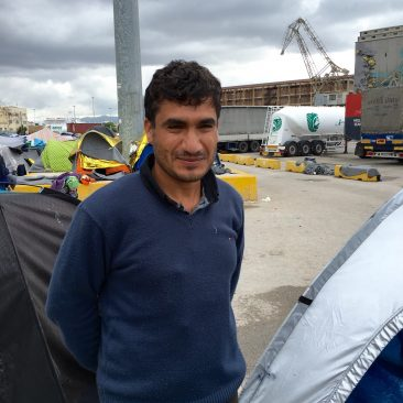 Foto: lokatie Piraeus- leraar uit Aleppo