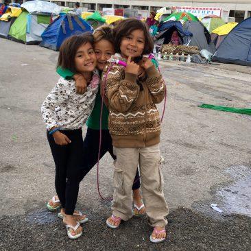 Foto: vluchtelingen in kamp Ellinikon, Athene.
