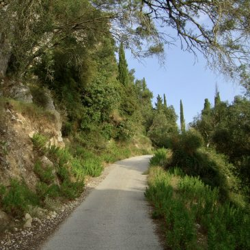 Richting Agios Górdios